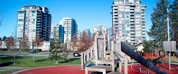 Garden city park and building