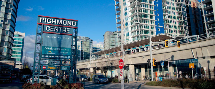 Richmond center mall and Canada Line